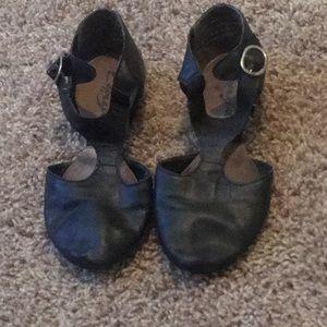 Black Leather Capezio Pedini Dance Shoes 3 1/2M